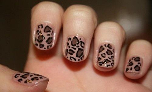 леопардовый маникюр коричнево-черный