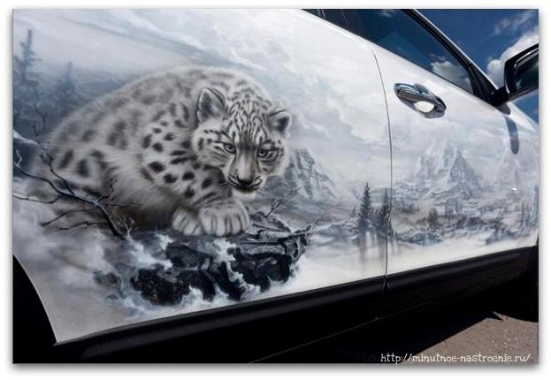 Аэрография на автомобилях белый тигр