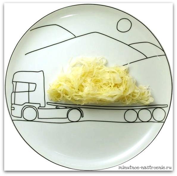Креативные тарелки для детей сыр везут на камазе картинка