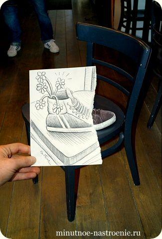 «Pencil VS Camera» от Ben Heine цветок в кедах