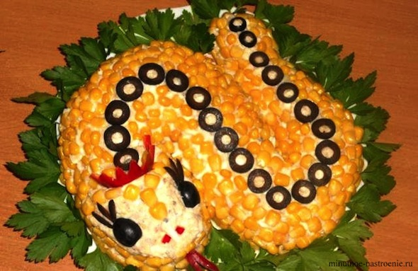 новогодний салат Змейка 2013