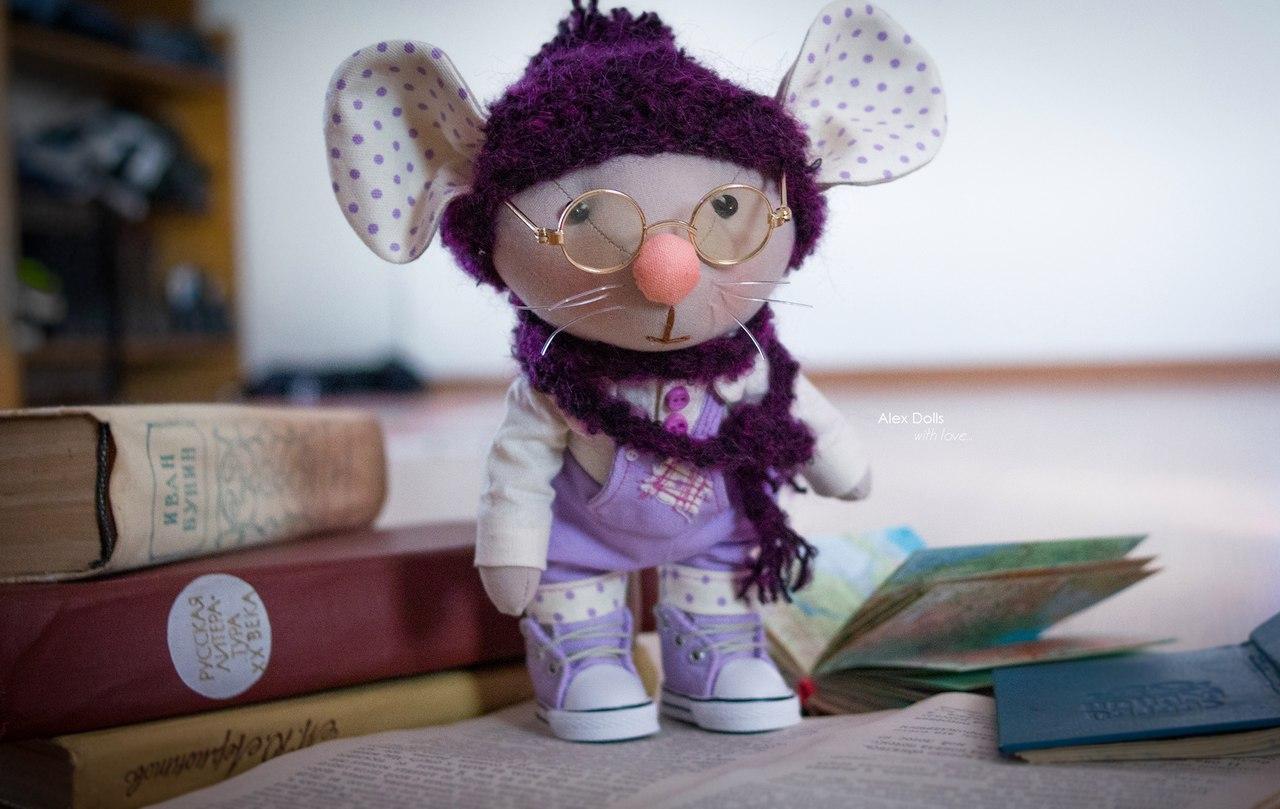 Забавный мышонок  Либро