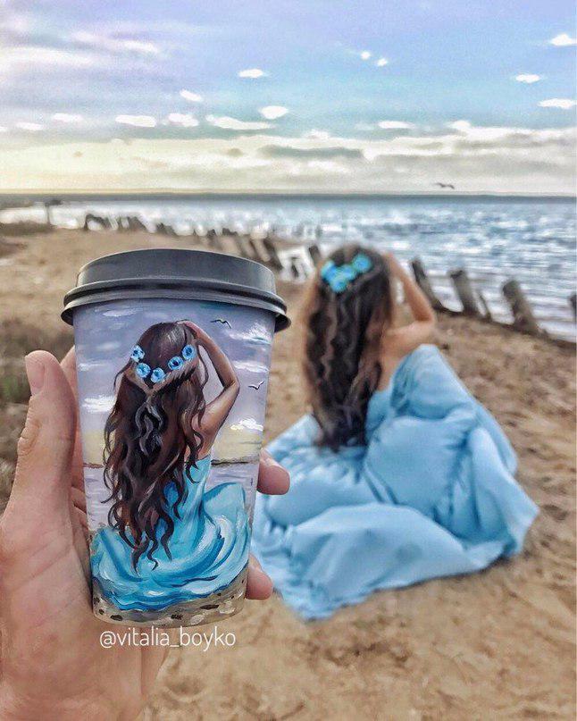 кофе, стакан, стаканы из под кофе, Виталия Бойко, рисунки на стаканах, творчество, девушка, море, песок, синее платье