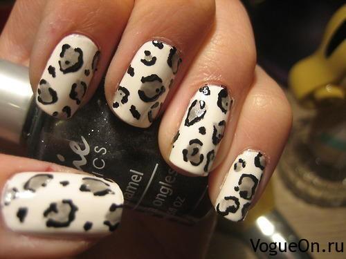 леопардовый маникюр черно-белый