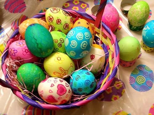 Как красить яйца на Пасху фото